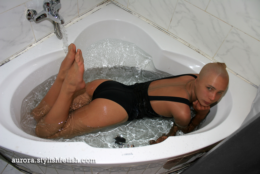 Aurora S Journal Blog Archive Pantyhose Encasement Ducking